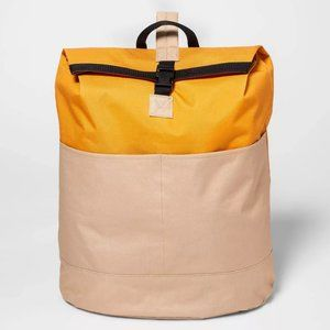 NWT Sling Laundry Tote - Room Essentials